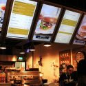 How Digital Signage Can Simplify Restaurant Operations